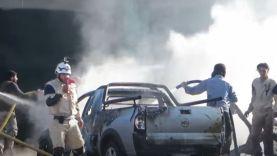 الدفاع المدني يخمد حرائق ناجمة عن القصف في مدينة درعا