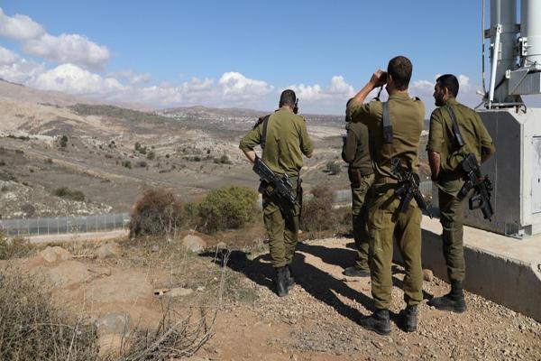 الجيش الإسرائيلي يطلق النار باتجاه خلية على الحدود السورية ويصيب عناصرها