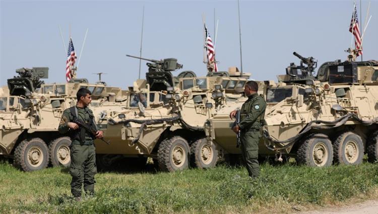 التحالف الدولي يعزز قواته في سوريا  بعشرات الشاحنات والمصفحات