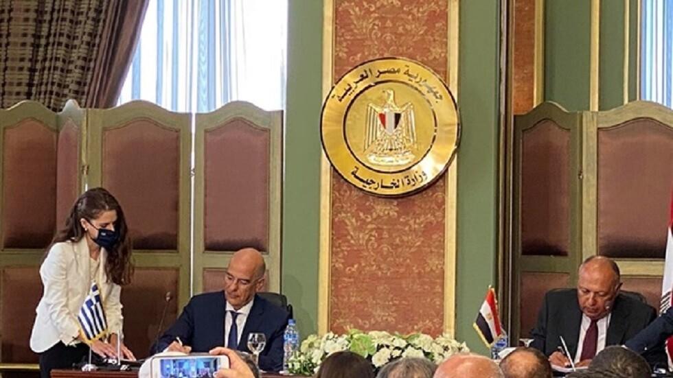 وزير خارجية اليونان يهاجم اتفاقية ترسيم الحدود بين تركيا وليبيا