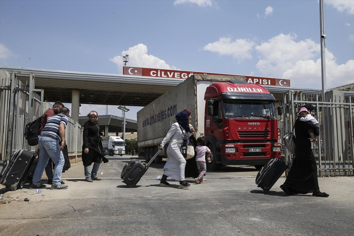 عودة أكثر من  150 عائلة لاجئة في  تركيا إلى سوريا امس
