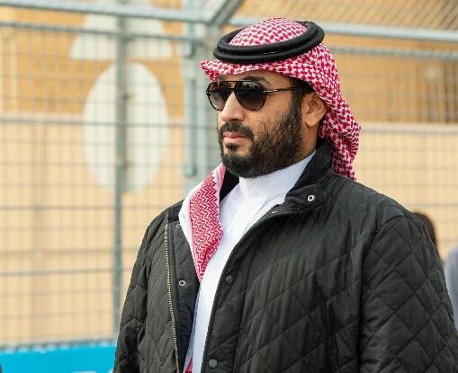 """""""أريد رجلا واحدا""""… فنانة لبنانية تناشد الأمير محمد بن سلمان"""