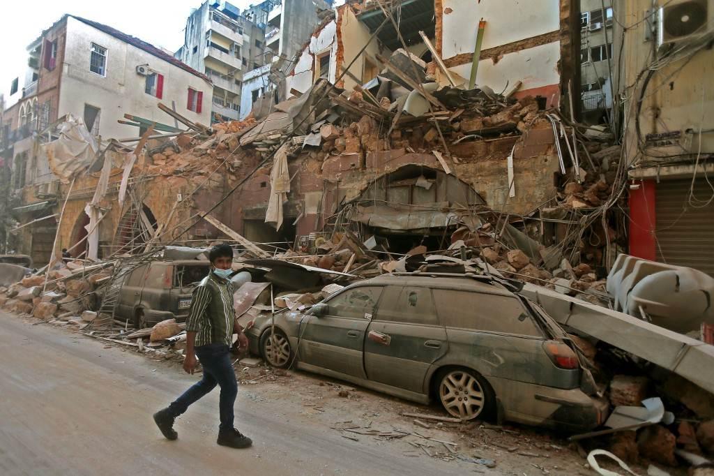 لبنان .. اعتقال مسؤوليين في قضية انفجار بيروت