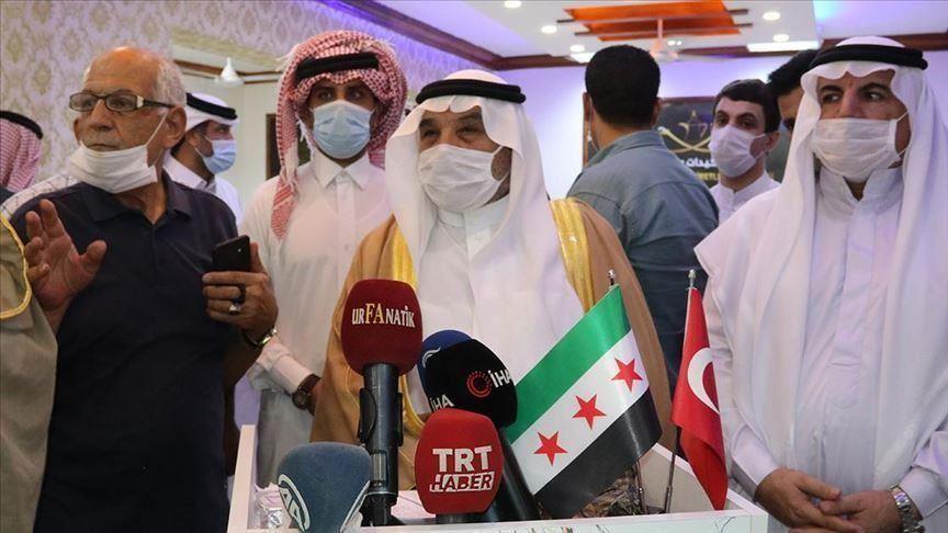 """من تركيا.. قبائل وعشائر عربية تحمل قسد مسؤولية اغتيال شيخ """"العقيدات"""""""