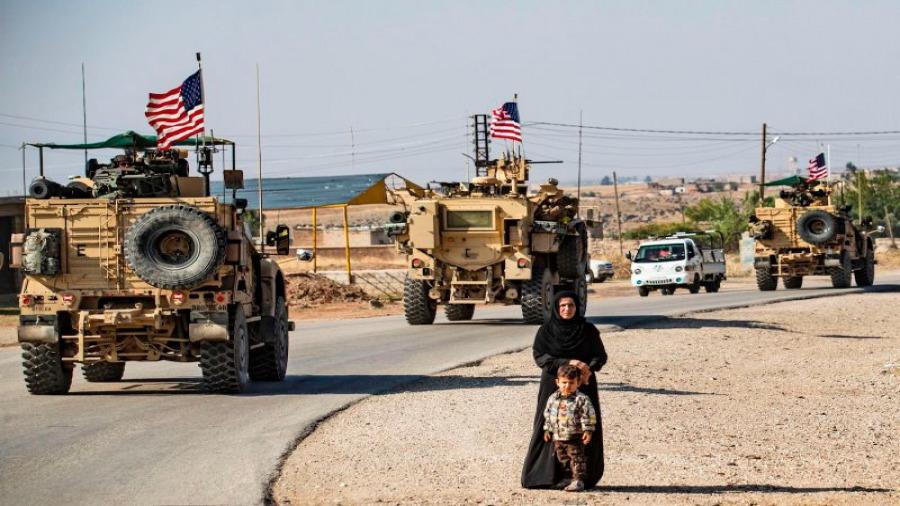 صحيفة روسية: الوجود الأمريكي شرق الفرات يمنع  وصول الإمدادات اللوجستية الإيرانية لنظام الأسد