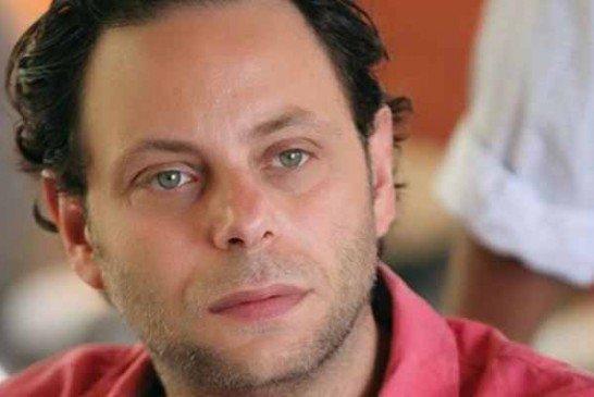 """بسبب تصريحاته حول """"كورونا""""  فنان موالي  يتعرض لهجوم عنيف"""