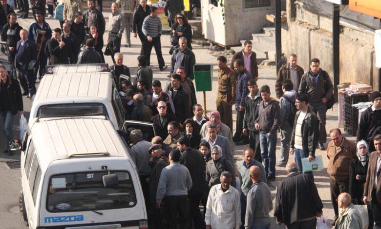 النظام  يرفع أجور النقل في دمشق بنحو الضعف