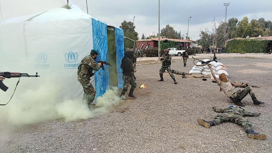 قوات النظام   تستخدم خيام اللاجئين في تدريباتها العسكرية بدير الزور