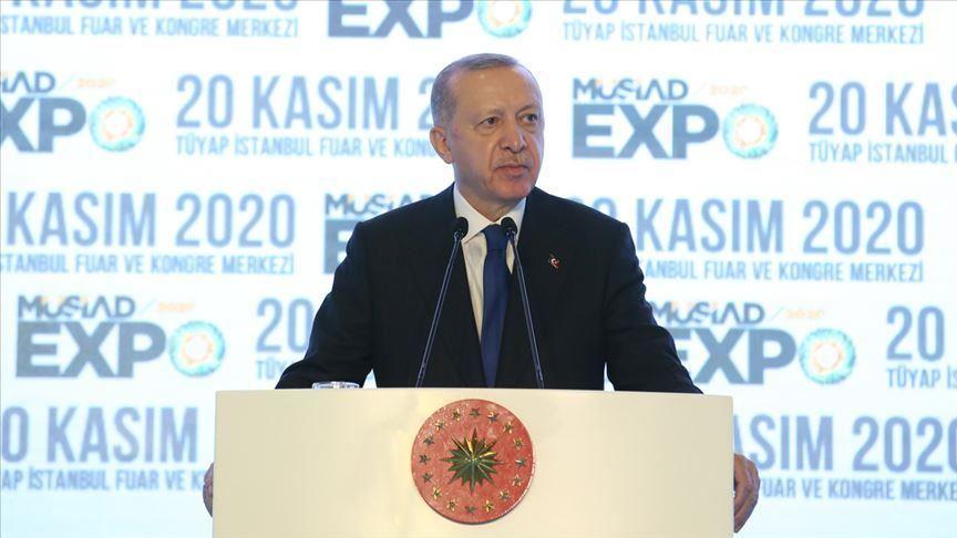 أردوغان يتعهد بتسريع الاستثمارات المحلية والأجنبية في تركيا