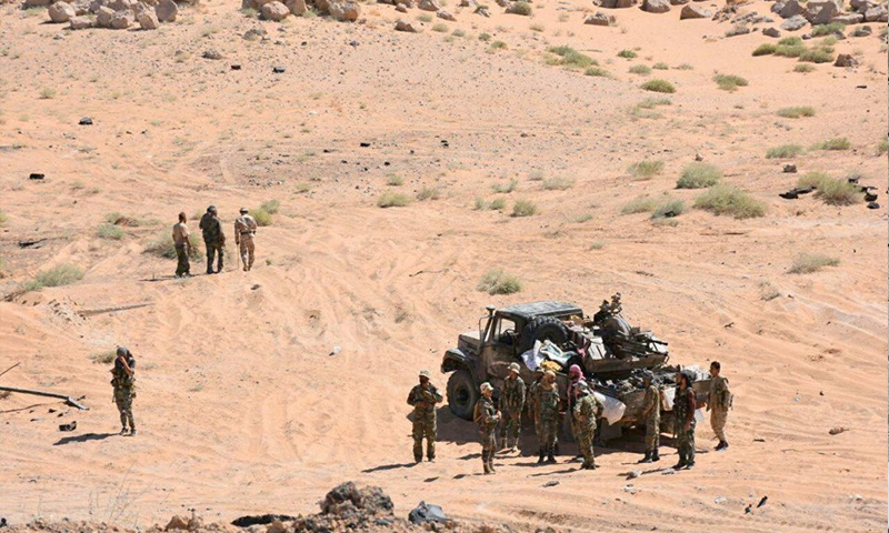 بتغطية جوية روسية ...قوات النظام  تنفذ عملية عسكرية ضخمة بدير الزور