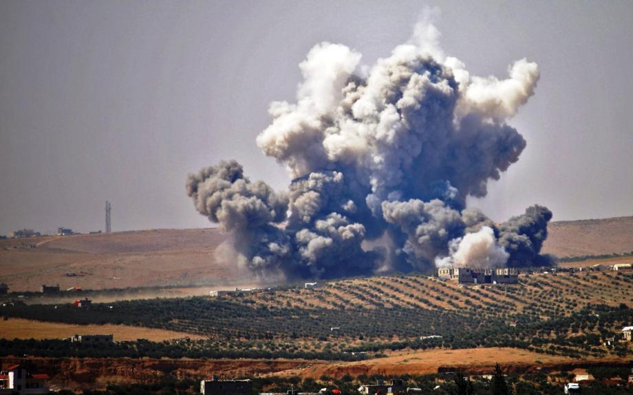 غارات روسية على ريف اللاذقية والنظام يكثف من قصف على جبل الزاوية