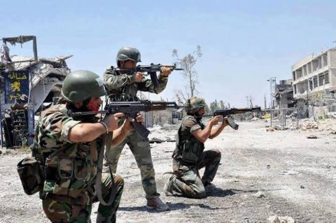 اشتباكات بين الفرقة الرابعة و الفيلق الخامس الروسي في ريف درعا