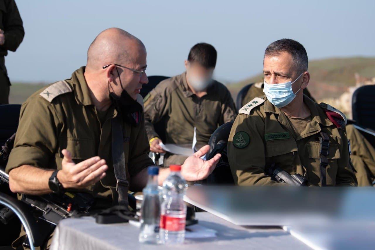 قائد الأركان الإسرائيلي يهدد إيران من حدود سوريا