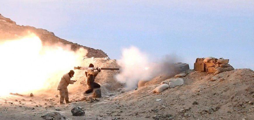سقوط  25 عنصراً من قوات النظام والميليشيات  بين قتيل وجريح  بهجومين منفصلين  لتنظيم الدولة