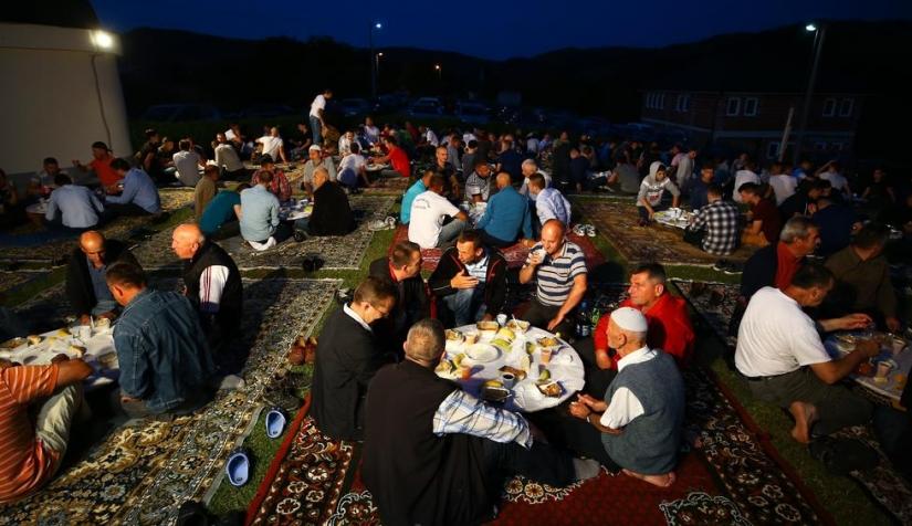 السوريون وشهر رمضان في أوروبا