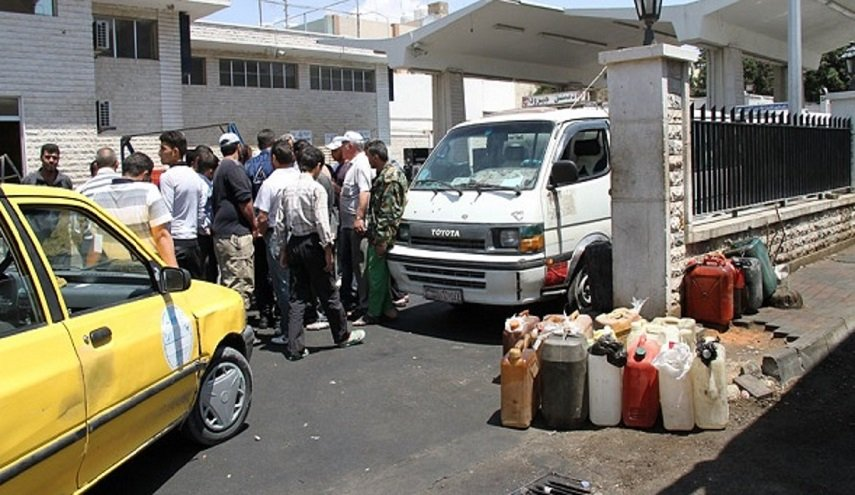 النظام يرفع سعر البنزين للمرة الثانية خلال شهر