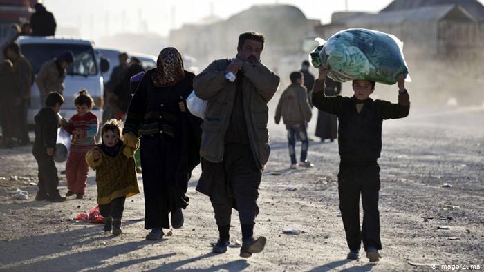 هل سيعود السوريون في أوروبا إلى بلدهم عندما تستقر الأوضاع ..؟