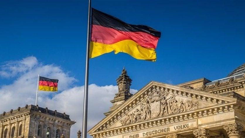 القضاء الألماني يحكم بالسجن 9 سنوات على لاجئ سوري أدين باغتصاب بنات زوجته