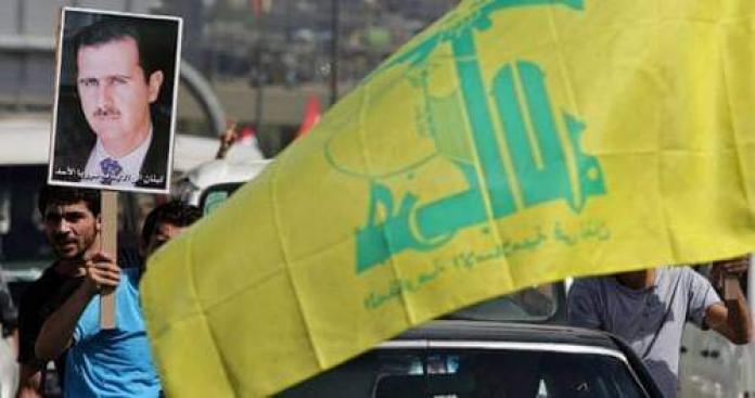 صحيفة: حزب الله يسعى لإرغام اللاجئين السوريين في لبنان على انتخاب الأسد