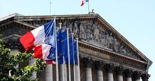 الخارجية الفرنسية: ميشيل كيلو رمزاً للمفكرين السوريين والعرب