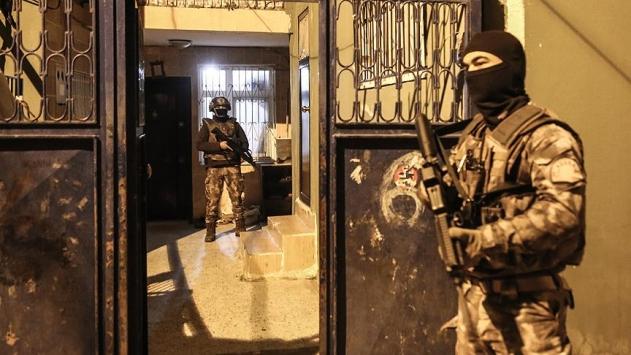 الأمن التركي يعتقل مسؤول العلاقات العامة في داعــش..صور