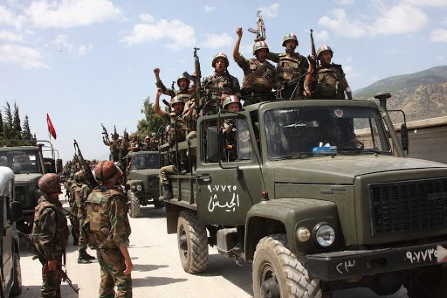 النظام يدفع بتعزيزات عسكرية إلى عدة مناطق بريف إدلب