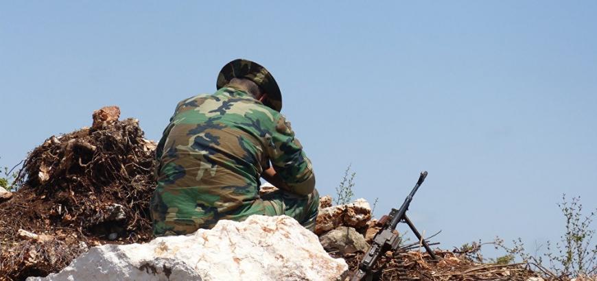 تنظيم الدولة يقتل  قائداً  عسكرياً في حزب الله وعنصرين من النظام بهجوم في الرقة