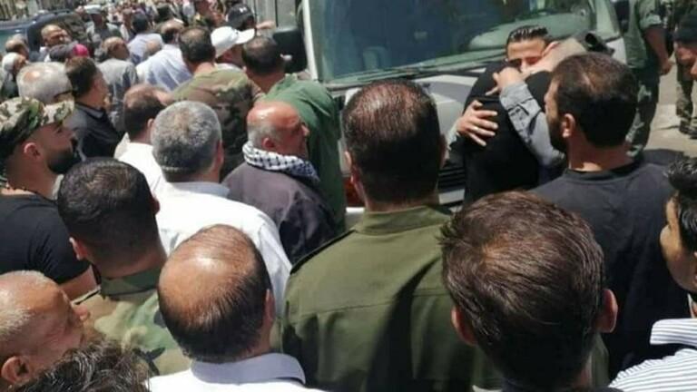في مسرحية جديدة ...النظام السوري  يفرج  عن 30 معتقلا  من مدينة عربين في ريف دمشق