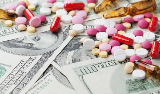 معامل الأدوية في مناطق النظام تطالب برفع الأسعار أو إيقاف الإنتاج
