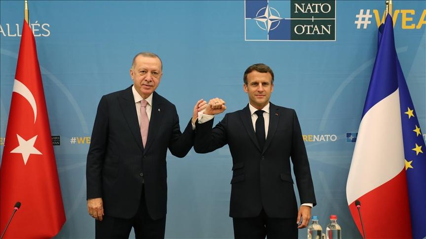 ماكرون يعلق على أول لقاء مباشر مع أردوغان منذ اكثر من عام