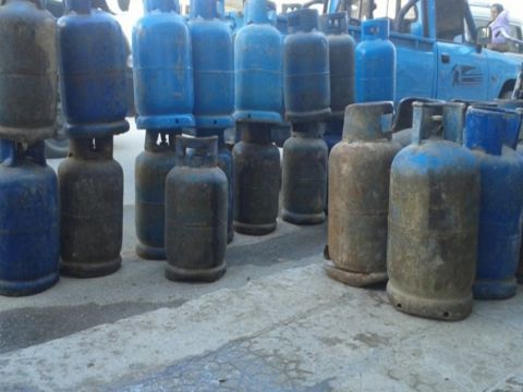 التأمين على أسطوانات الغاز ... طريقة جديدة لسرقة السوريين