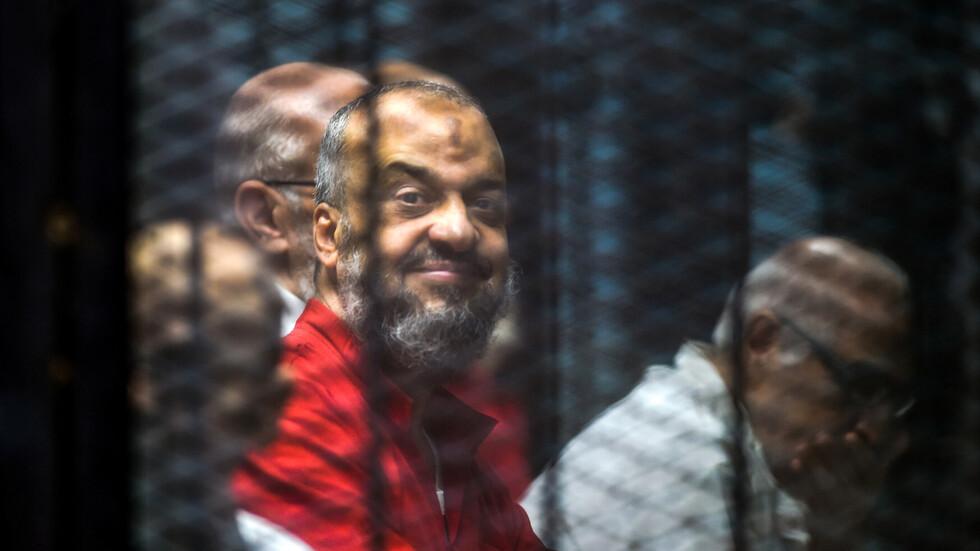القضاء المصري يحكم بإعدام البلتاجي وحجازي القياديين في الأخوان