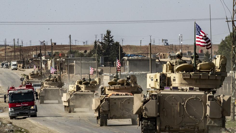 القوات الأمريكية تخرج شاحنات محملة بالحبوب من سوريا الى العراق