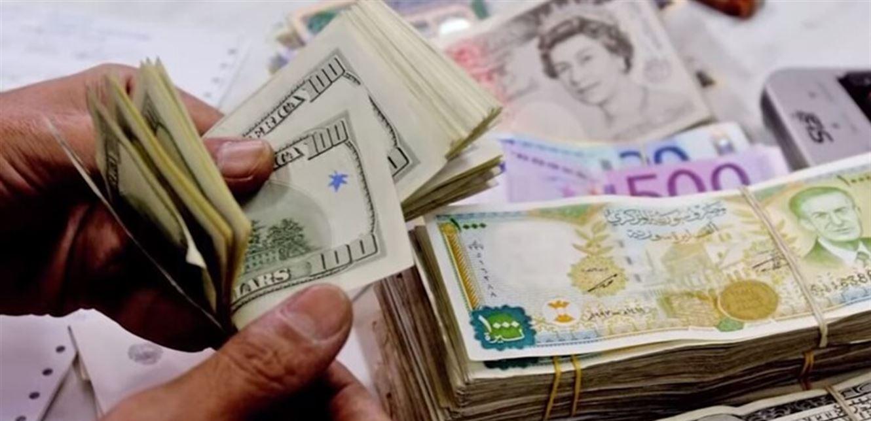 ارتفاع أسعار الدولار والليرة التركية عند افتتاح  تداولات الأربعاء