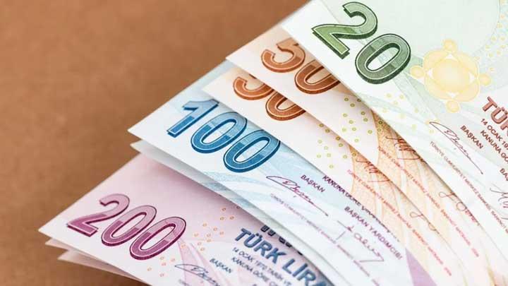 هبوط في سعر صرف الليرة التركية مقابل العملات الرئيسية