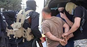 الأمن العام في إدلب يلقي القبض على عصابة لسرقة السيارات
