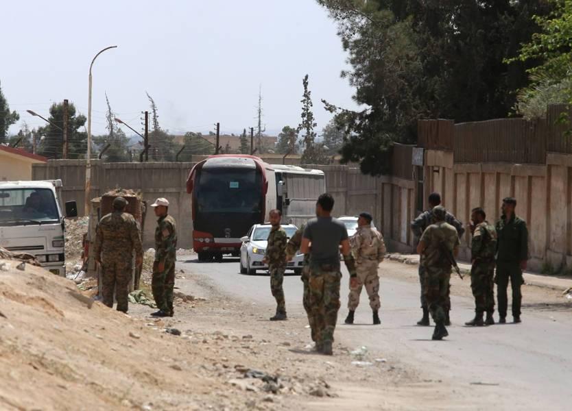 مخابرات النظام تعتقل 15 لاجئا فلسطينيا بعد عودتهم من أوربا إلى سوريا