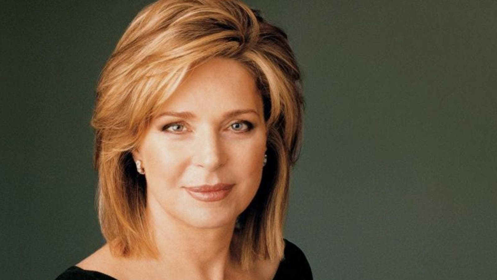 الملكة نور تتهم السلطات الأردنية بتنفيذ عملية اغتيال شخصية لابنها الأمير حمزة