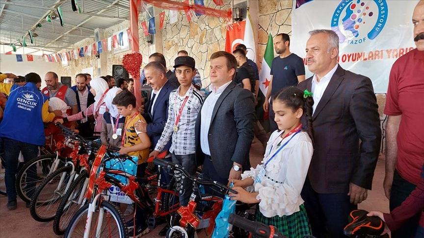 بدعم تركي.. إقامة ألعاب ذكاء للطلاب في  مدينة الباب شمالي سوريا