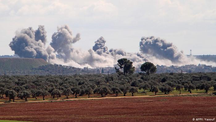 روسيا والنظام يجددان قصفهما الجوي والبري على ريفي ادلب وحماة