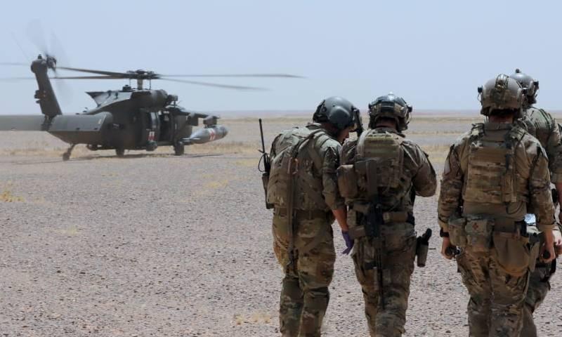 القوات الأمريكية تجري جولة على آبار الغاز بريف الحسكة