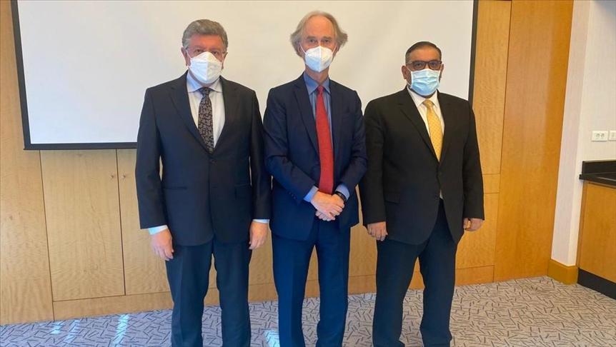 بعد دمشق...بيدرسون يلتقي المعارضة السورية في إسطنبول