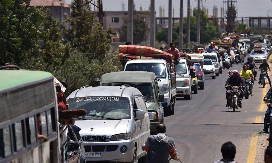 اللجان تستكمل  إجراءات التسوية في بلدة المزيريب و قوات النظام تنتشر في المنطقة