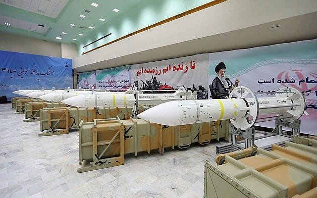 تقرير عبري: الحرس الثوري بدأ ببناء مستودعات لصواريخ بعيدة المدى شرق سوريا