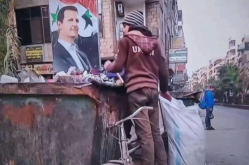 وزير في حكومة النظام يتملق رئيسه...لولا عبقرية بشار  لما وجد الشعب السوري شيئاً يأكله