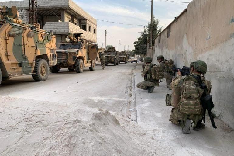 صحيفة تركية : التصعيد العسكري الروسي على إدلب يهدف للضغط على تركيا