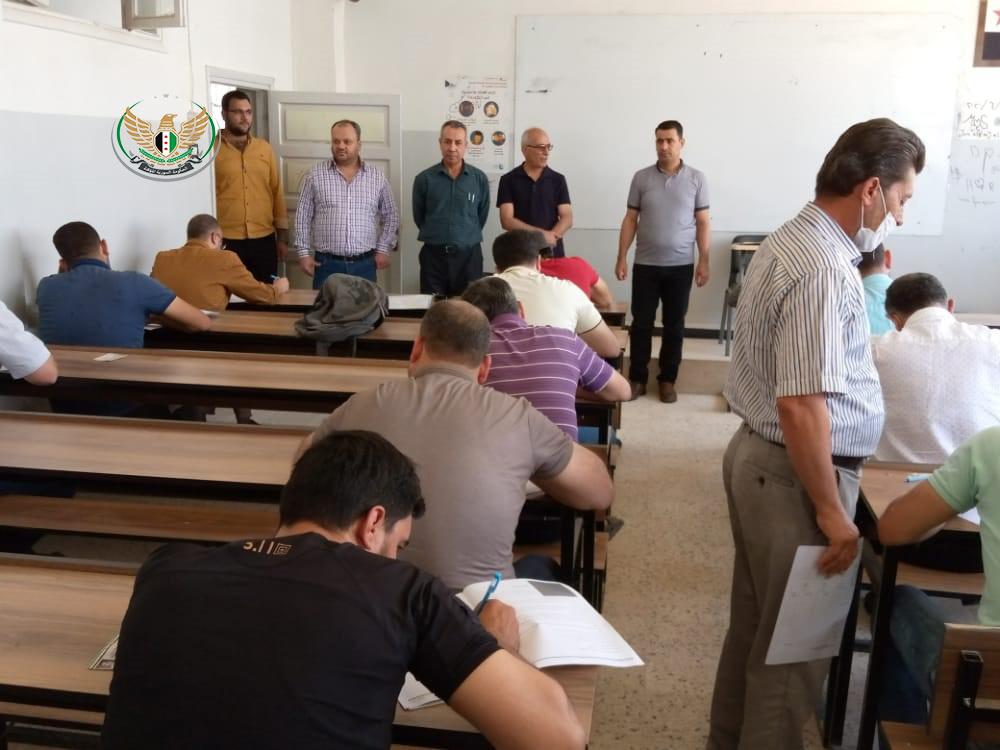 وزير العدل في وزارة التربية والتعليم يجري جولة على القاعات الامتحانية في جامعة حلب