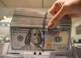 الدولار يسجل ارتفاعاً   ملحوظاً عند  إغلاق   تعاملات الأحد