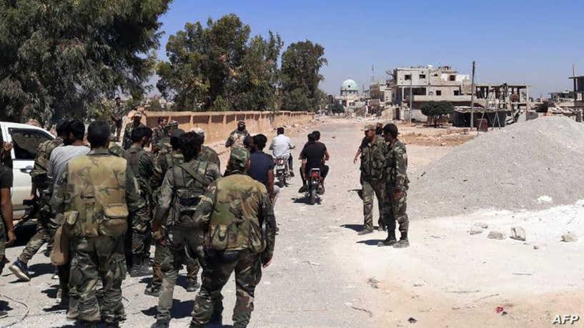 قوات النظام تفرض مبلغا ماليا وشروطا أخرى على أهالي طفس في ريف درعا